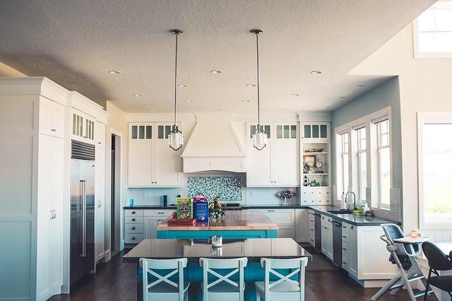Wybór oświetlenia do kuchni – od czego zacząć?